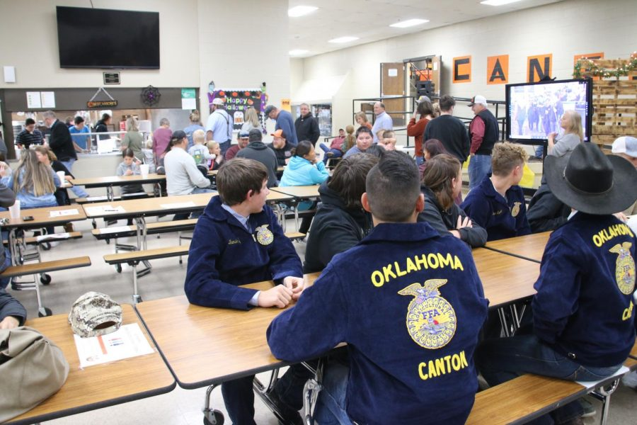 FFA Holds Annual Labor Auction