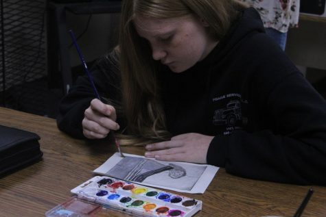 CHS Art Students Give Their Opinions on What They Are Doing